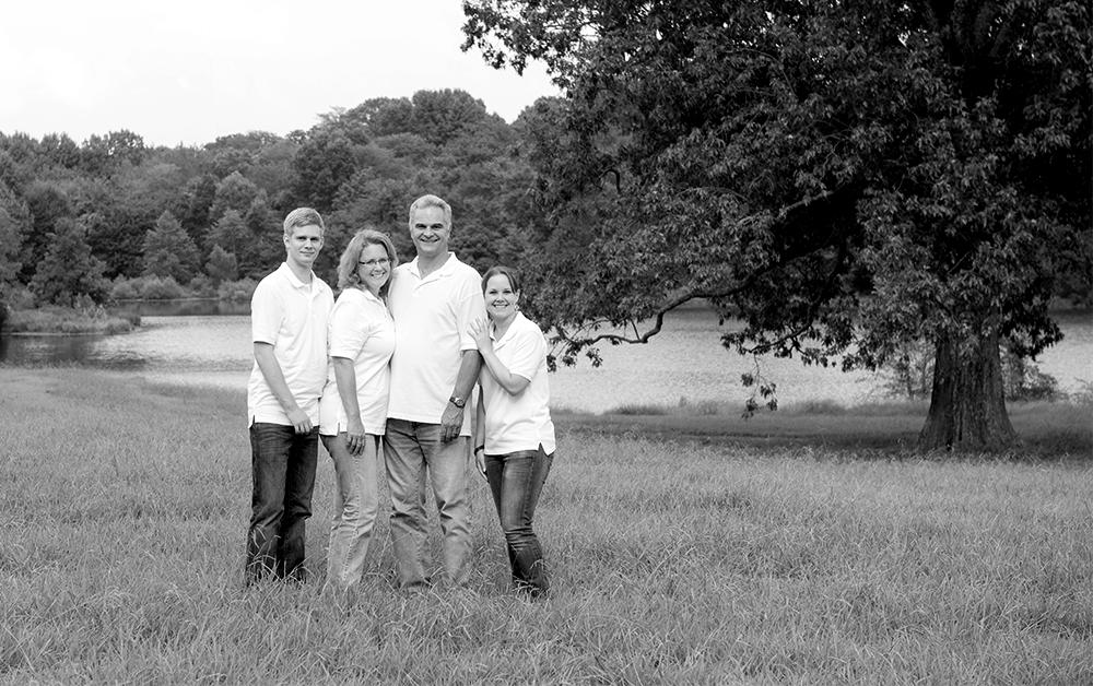 maras-family-bw
