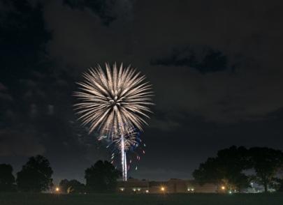 2017 bartlett fireworks-1-2